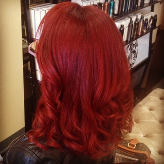"<img src=""image.png"" alt=""deep_red_hair_color_ana's_hair_salon_el_paso_texas"">"